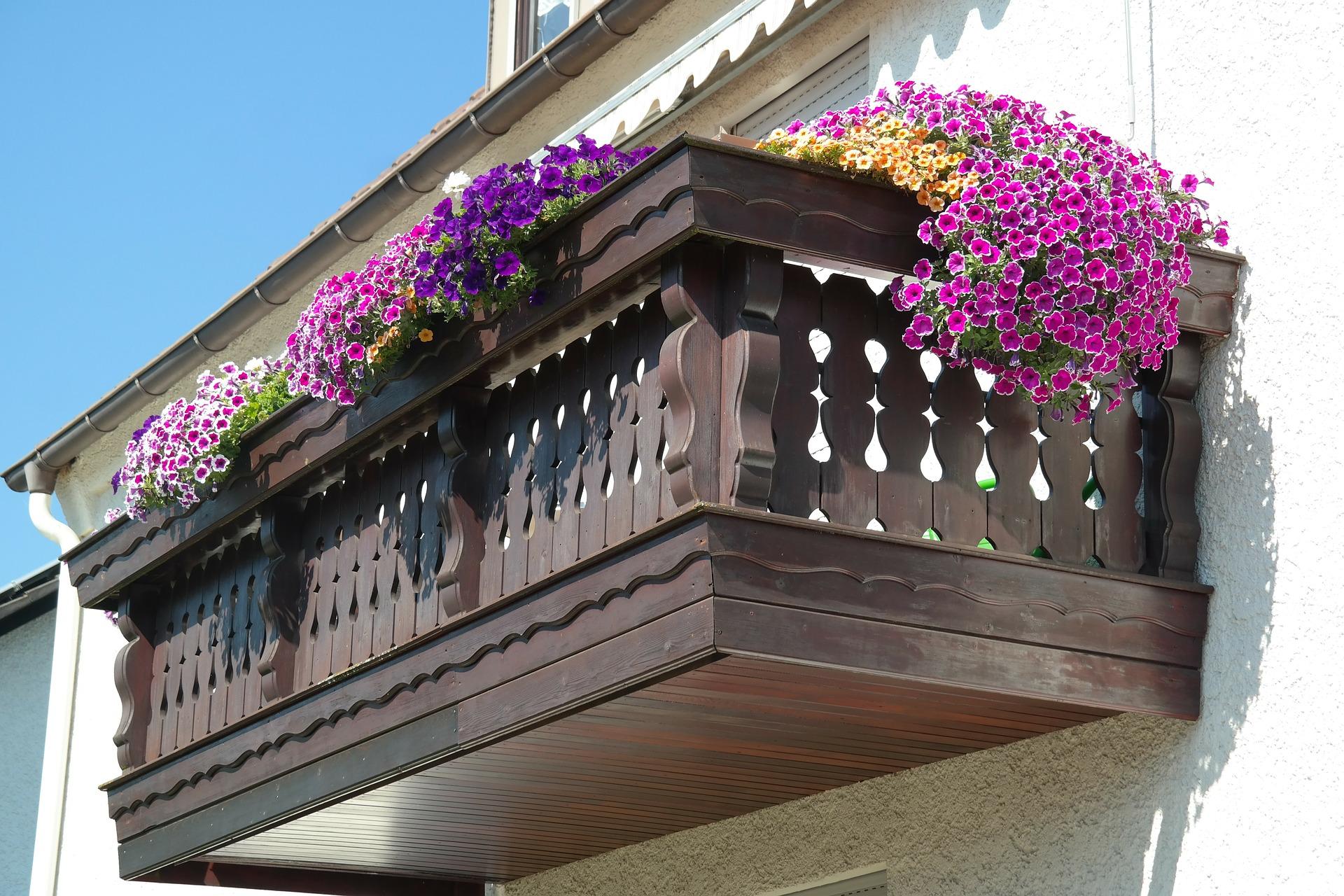 Бесплатная фотография: балкон, оформленные, цветы - бесплатн.