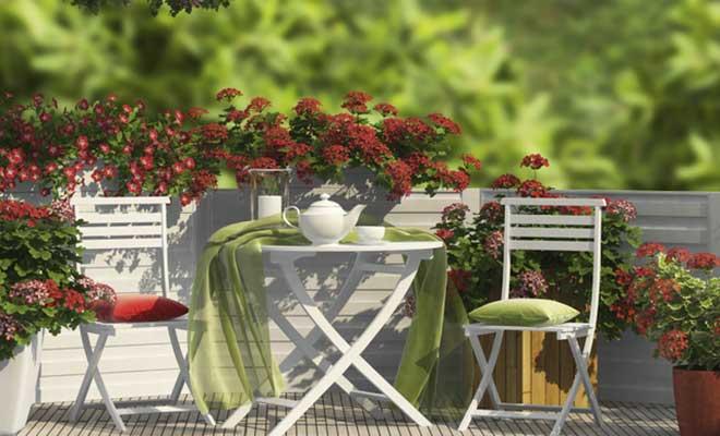 Bahçe Mobilyalarının Bahar Bakımı