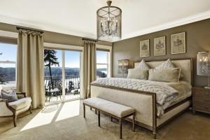 Pahalı Yatak Odası