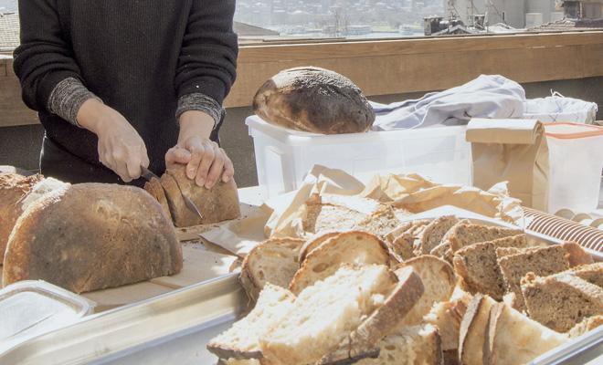 SALT Galata'da Geleneksel Ekmek Yapımı