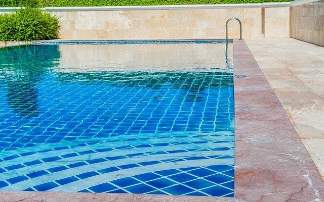Havuz Bakımında Hangi Kimyasallar Kullanılır?