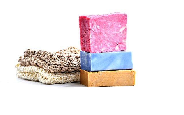 Sabun Artıklarını Temizlemek İçin Doğal Malzemeler