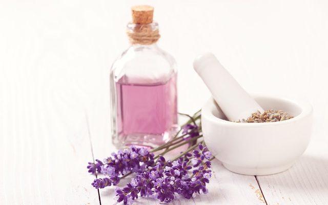 Evde Aromaterapik Yağ Şifası