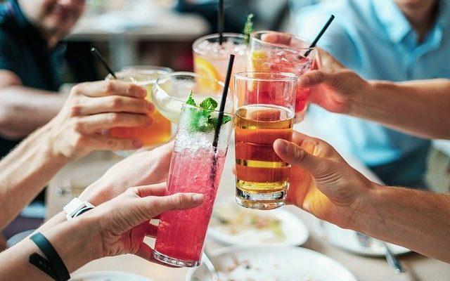 Salon Bar Köşesi Nasıl Hazırlanır?