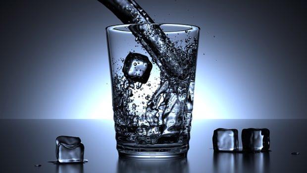 Su bardağı