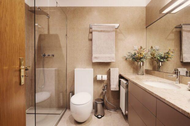 Küçük banyo depolama çözümleri